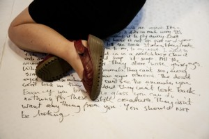 Automatic Writing - Ron Athey © Roshana Rubin-Mayhew_40