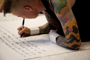 Automatic Writing - Ron Athey © Roshana Rubin-Mayhew_44